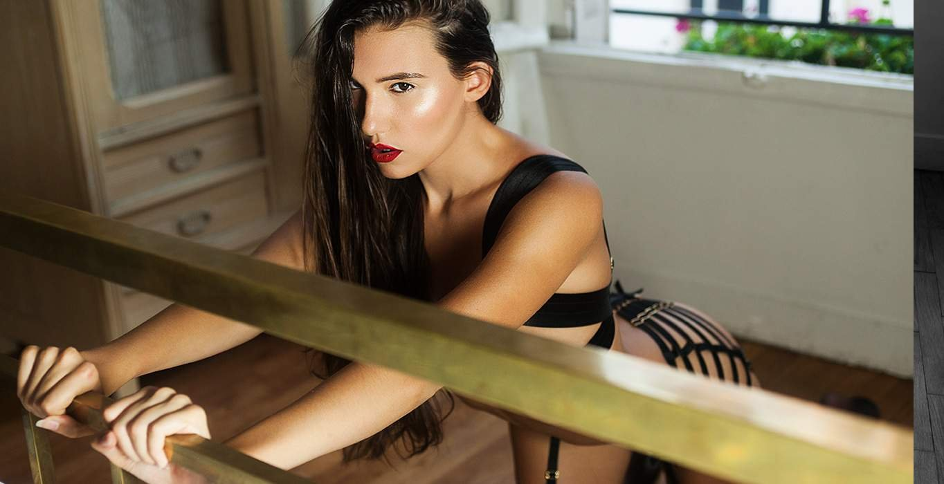 EDITORIAL Magazine & Mathilde Simone для бригады Mondaine - Бордельское белье