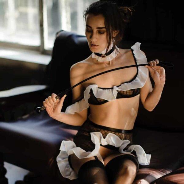 HISTORIAS DE BAEDOS disfraz de criada sexy