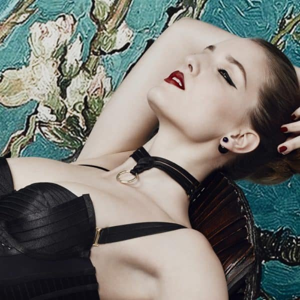 Asobi choker in black satin elastic and triangle with ring by Bordelle Signature at Brigade Mondaine