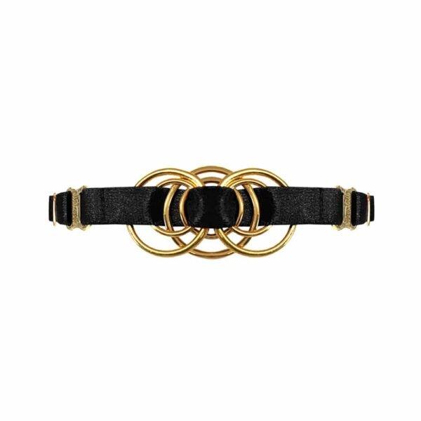 Collier ras du cou en élastiques satinés noirs avec pièce en métal doré représentant un entrelacement d'anneaux en son centre, Bordelle Signature chez Brigade Mondaine