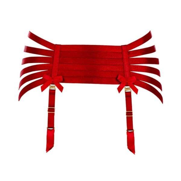 Cinturón de ligas rojo inspirado en el bondage con múltiples filas de elásticos en las nalgas para resaltar sus formas por Bordelle Signature en Brigade Mondaine