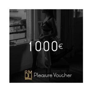 Visuel de la carte cadeau d'un montant de 1000€. Un fessier portant un set bordelle est en arrière plan.