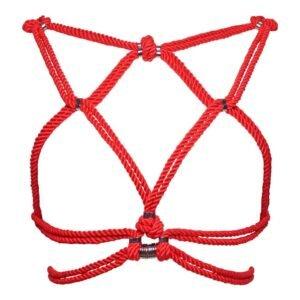 Harnais rouge en corde shibari bondage nouée autour des sein et dos nu Figure of A chez Brigade Mondaine