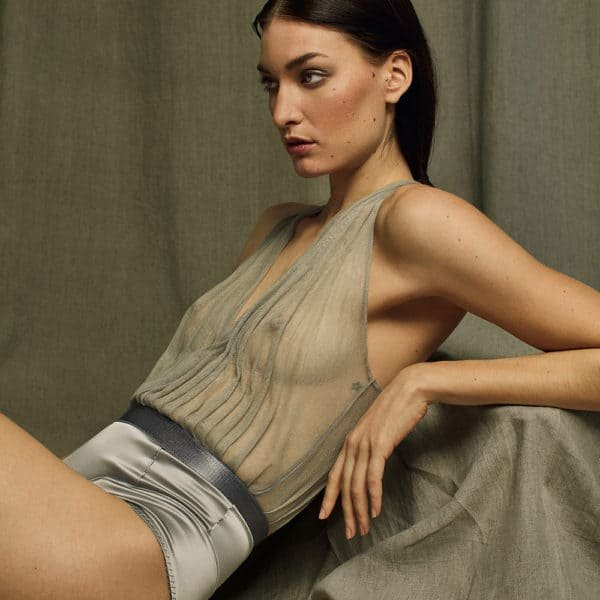 Body in Italian silk tulle and satin elastic handmade by Carmen GONZALES at Brigade Mondaine