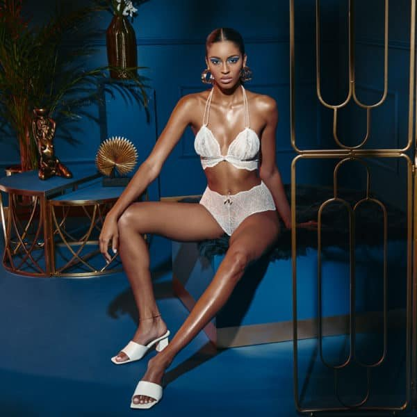 High waist briefs with stimulating pearls in ivory lace SYDNEY collection with small bow on the front BRACLI at Brigade Mondaine