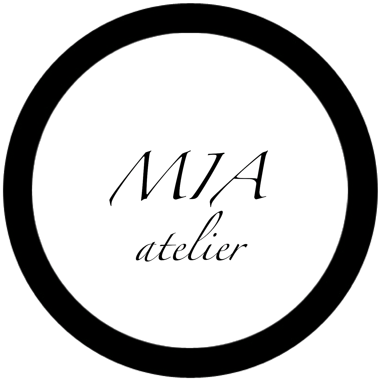 MIA Atelier, handmade leather accessories for women