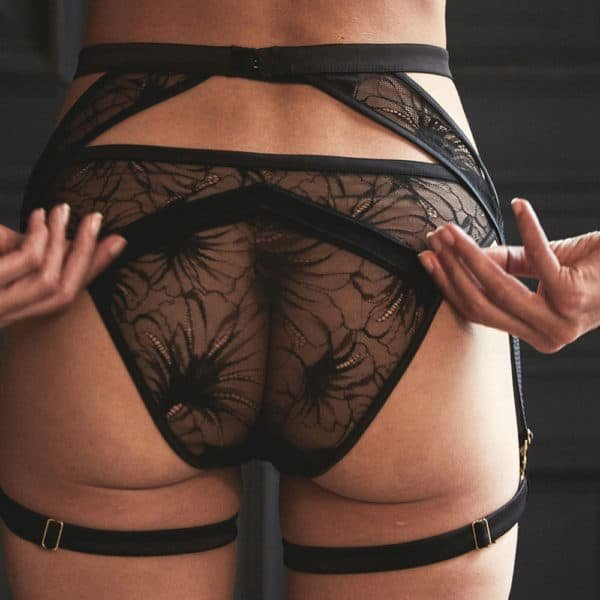Flowered lace and satin suspender belt and panties from the Nuit à Broadway collection