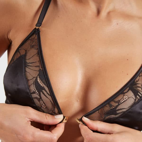 Black lace and satin bra with front opening made in France d'to be undone from the Nuit à Brodway collection d'Atelier Amour at Brigade Mondaine