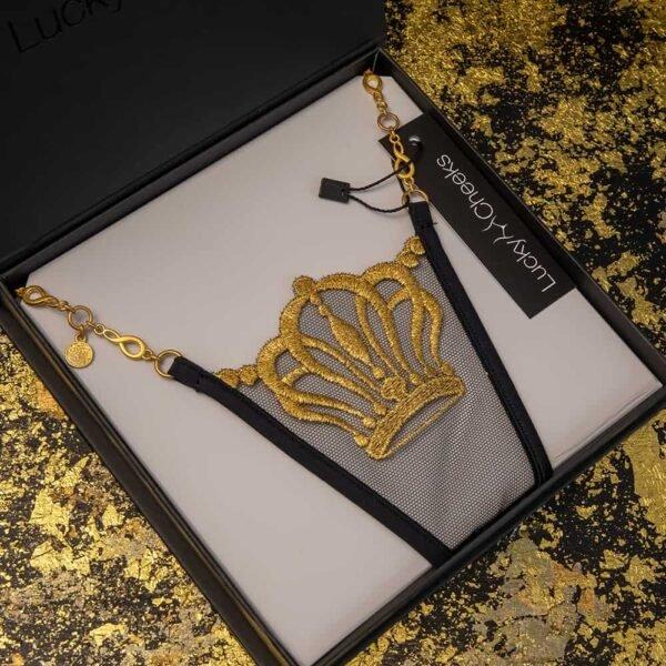 Черно-золотые стринги Lucky Cheeks, швейцарская вышивка изображает корону.