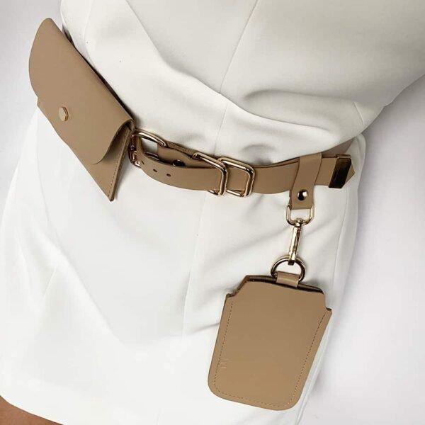 ALBANE BELT с двумя съемными карманами из бежевой кожи и золотисто-металлической отделкой MIA ATELIER в BRIGADE MONDAINE