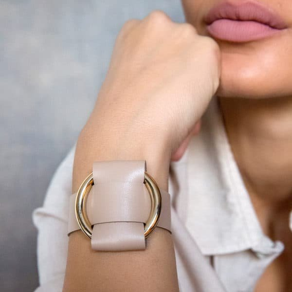 Beige Nappa Leather Bracelet with a large gold metal ring by MIA ATELIER at BRIGADE MONDAINE