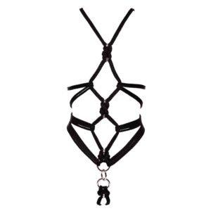 Arnés de bdsm de cuerda negra con detalles de plata y una pieza para sujetar