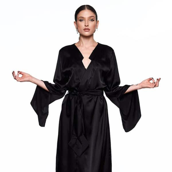 Kimono Infinity Long et noir, avec ceinture, ouverture dans le dos